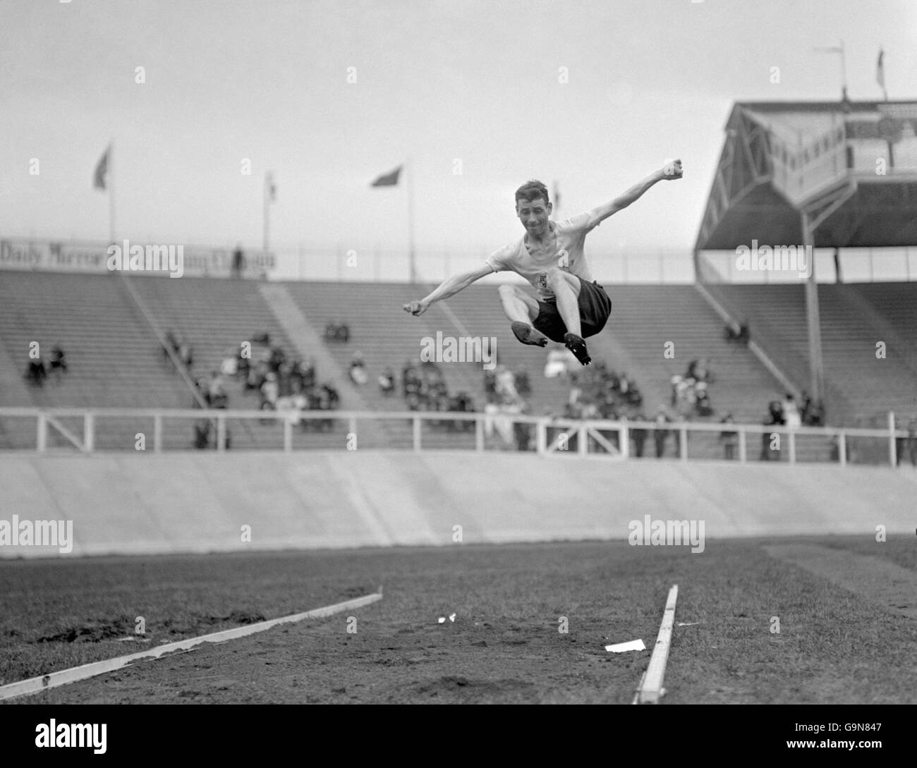 Athletics - London Olympic Games 1908 - Standing Long Jump - Heats - White City - Stock Image