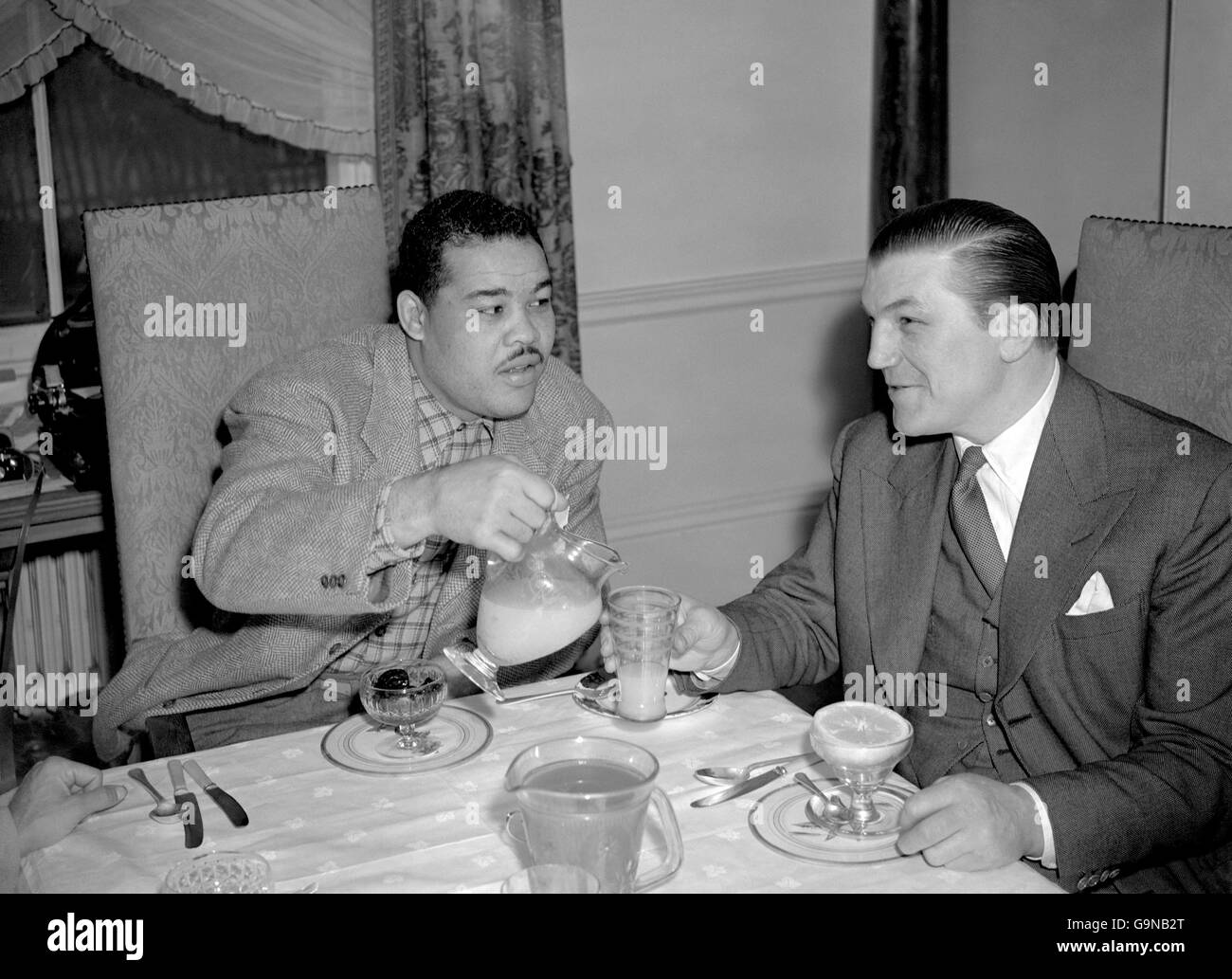 Boxing - Heavyweight - Tommy Farr and Joe Louis - London - Stock Image