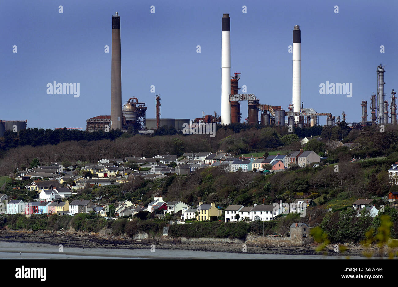 Buildings and Landmarks - LNG installation - Milford Haven Stock Photo