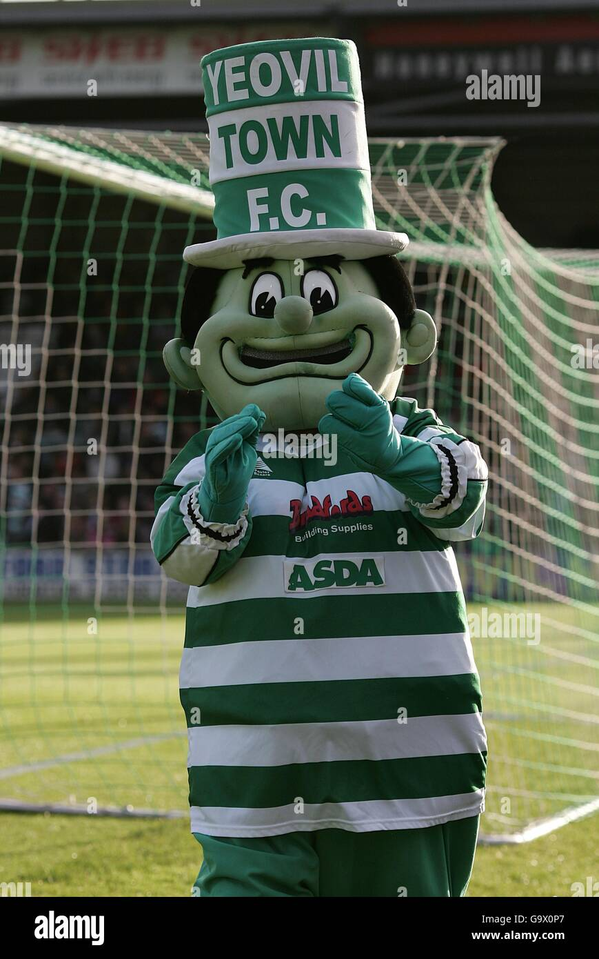 Soccer - Coca-Cola Football League One - Play-Off Semi-Final - First Leg - Yeovil Town v Nottingham Forest - Huish - Stock Image
