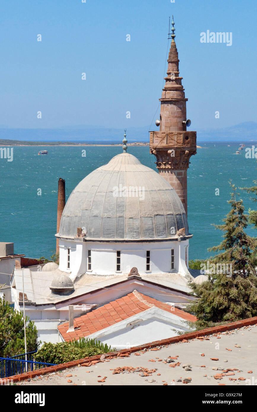 mosque and minaret, Ayvalik, Cunda, Balikesir, Turkey, Asia / Ayvalik - Stock Image