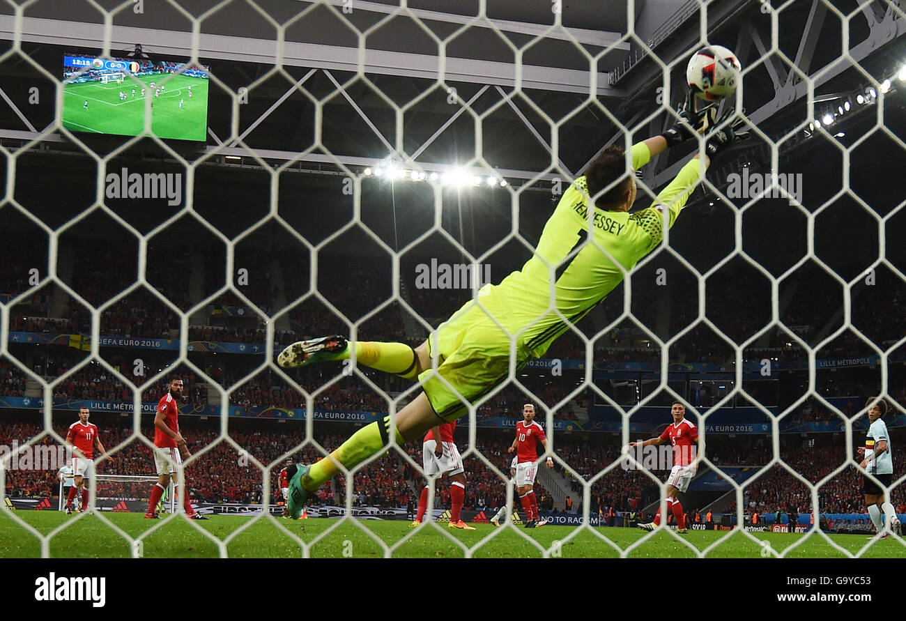 Lille Metropole, France. 01st July, 2016. Goalkeeper Wayne Hennessey of Wales concedes the opening goal during the Stock Photo