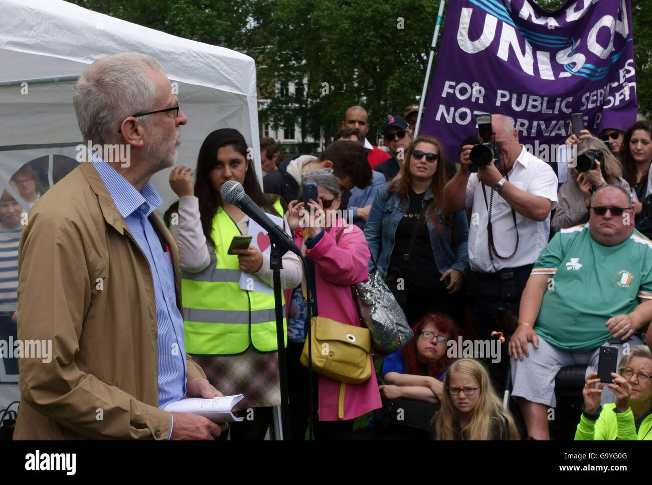 Labour Party leader Jeremy Corbyn MP addresses anti hate crime rally in Highbury Fields, North London - Stock Image
