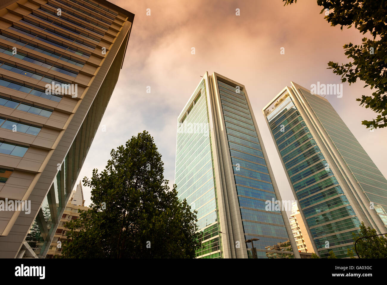 Modern buildings at the wealthy neighborhood Isidora Goyenechea, Santiago de Chile - Stock Image