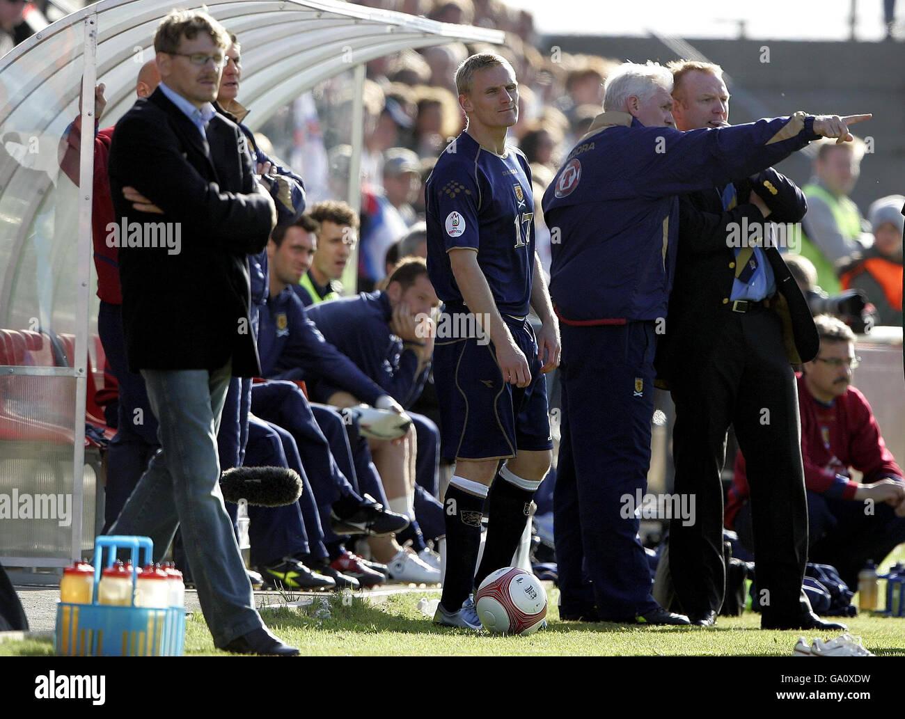 Soccer - Euro 2008 Qualifying - Group B - Faroe Island v Scotland - Svangaskard Stadium Stock Photo