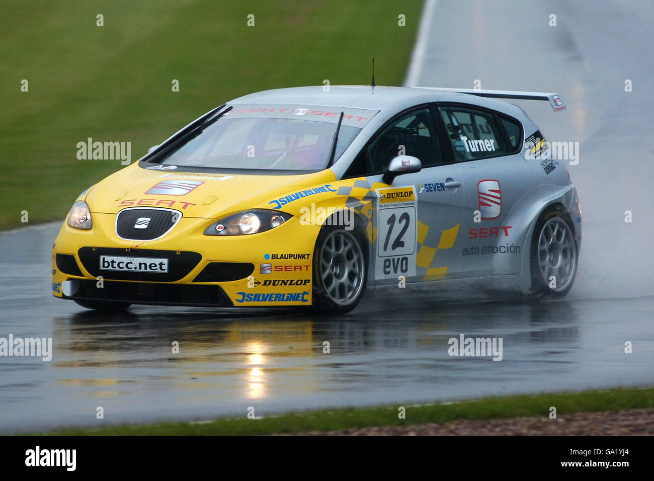 Motor Sport - Dunlop British Touring Car Championship - Donington Park - Stock Image