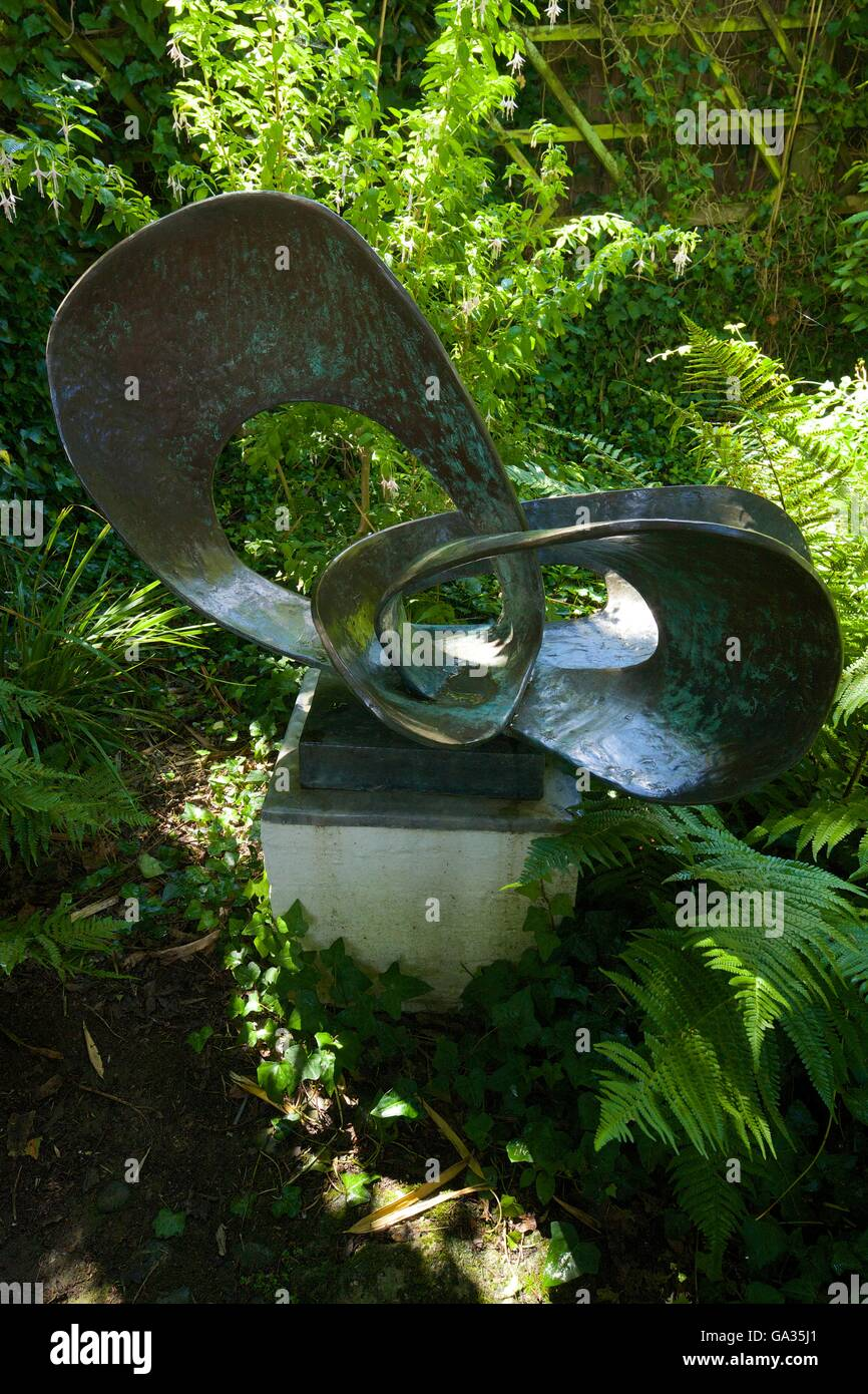 Forms in Movement, Pavan, 1956–9, Barbara Hepworth Museum and Sculpture Garden, St Ives, West Country, Cornwall, - Stock Image