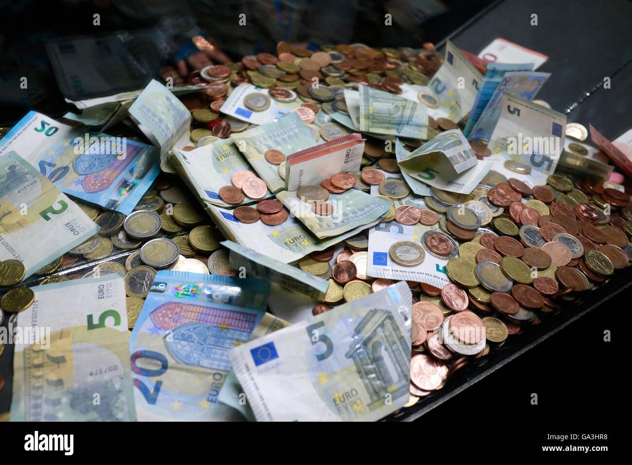 Geld: Euro, Berlin. - Stock Image