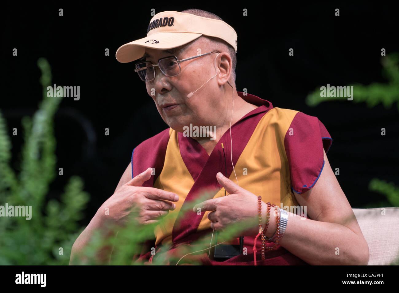 His Holiness the 14th Dalai Lama visits the University of Colorado in Boulder, Colorado - Stock Image