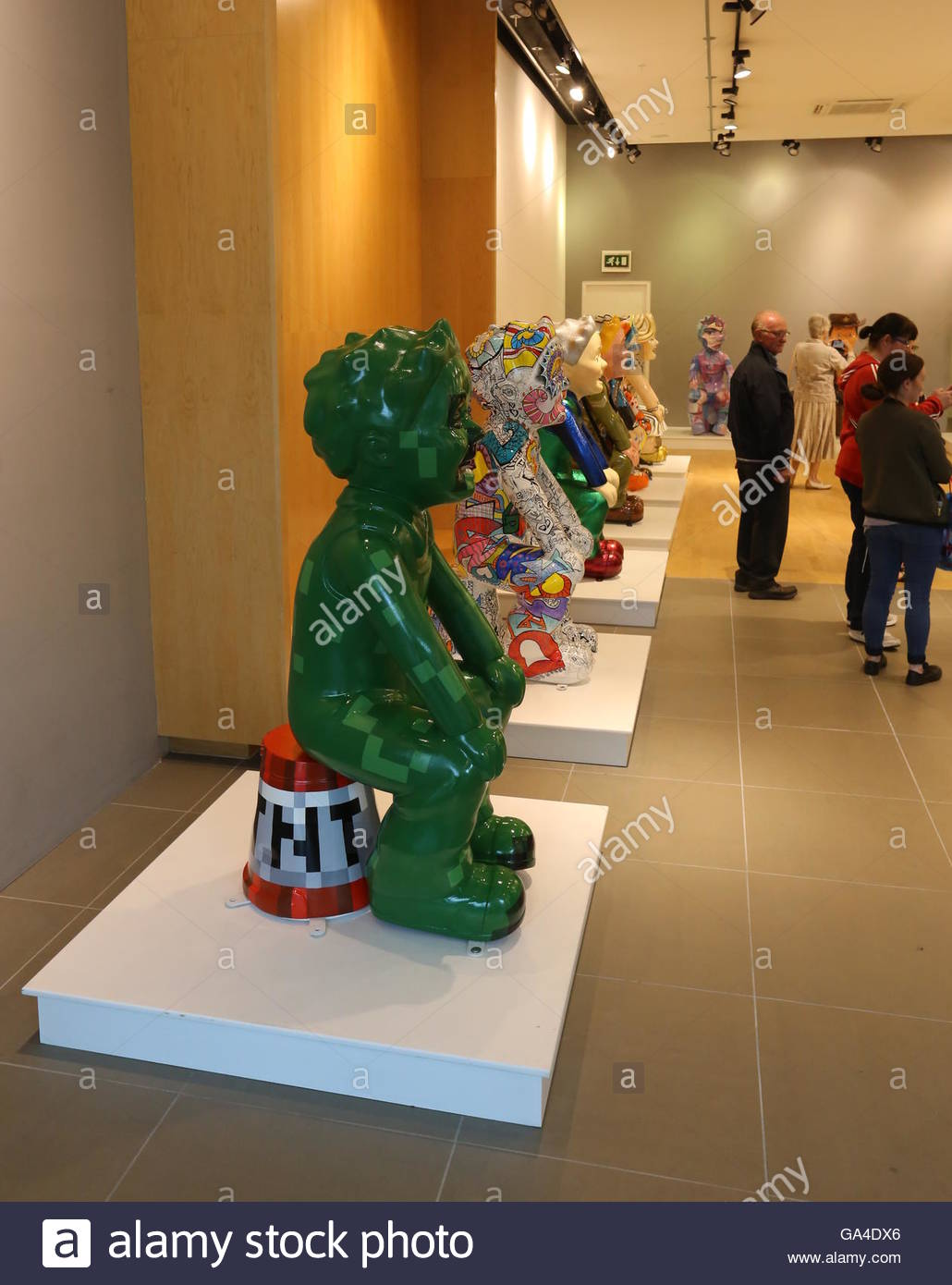 Statues of Oor Wullie at Bucket Trail headquarters in Overgate Dundee before heading off on a tour of Scotland  - Stock Image