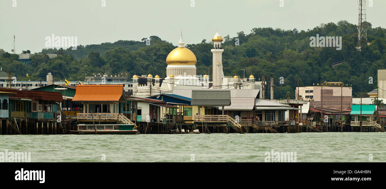 Water village called Kampong Ayer. Brunei is one of the richest countries in world. - Stock Image