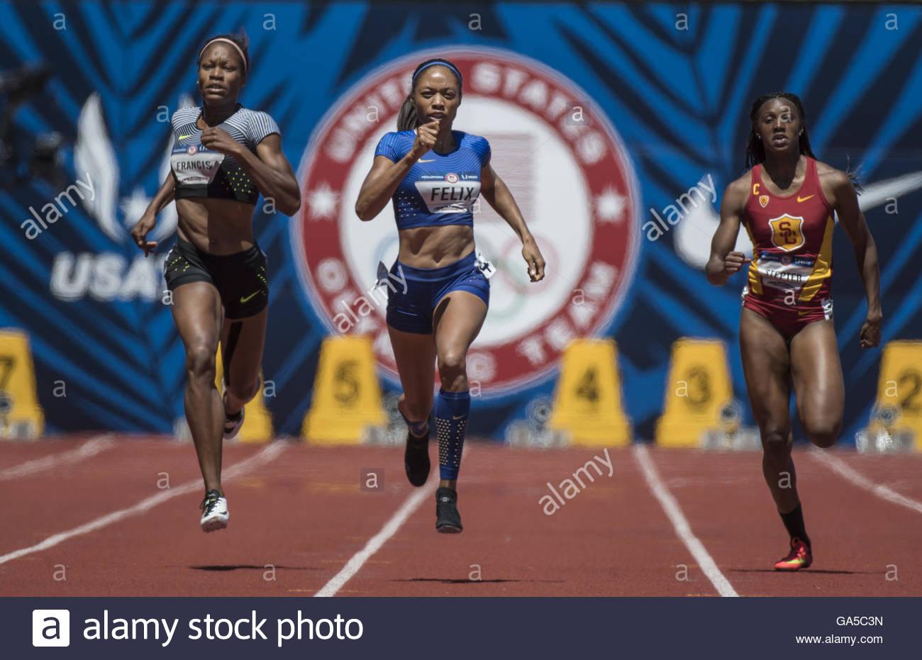 Eugene, Oregon, USA. 2nd July, 2016. USATF Olympic Trials, Eugene, Oregon- PHYLLIS FRANCIS (left), ALLYSON FELIX - Stock Image
