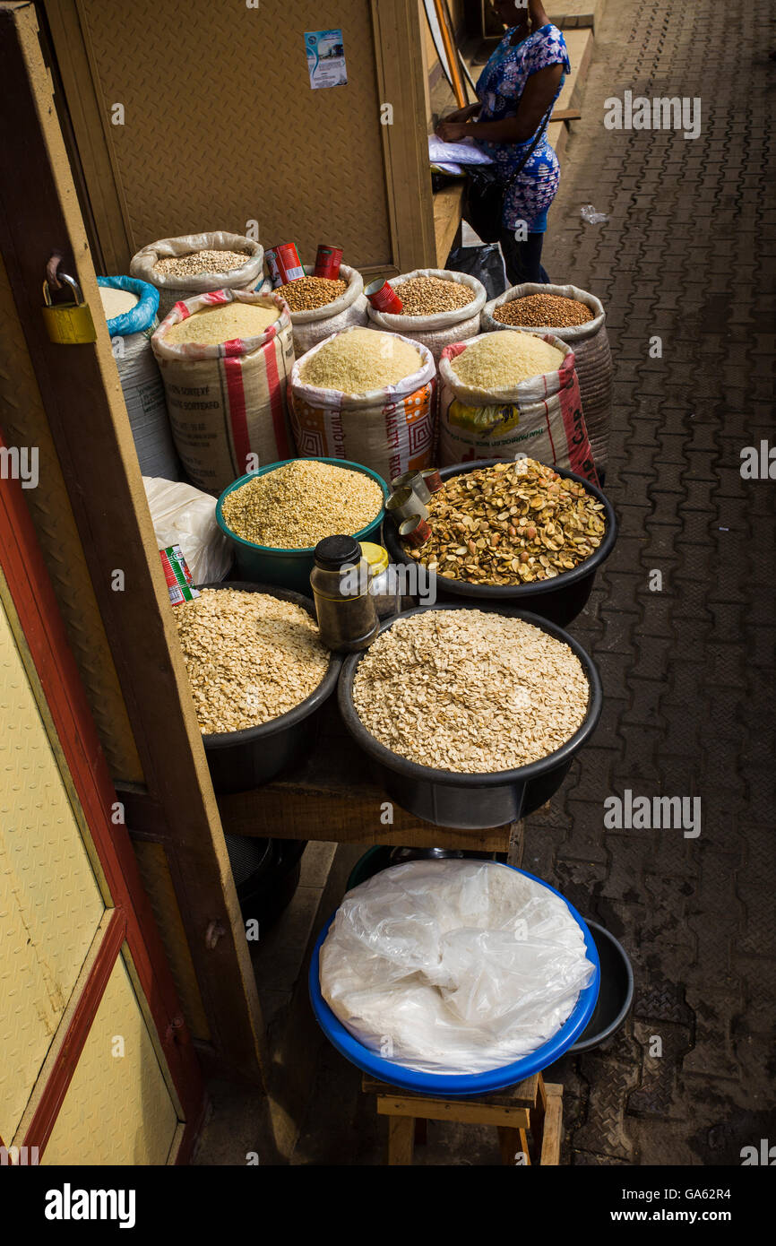 African foods in sacks for sale at Oshodi market, Lagos - Stock Image