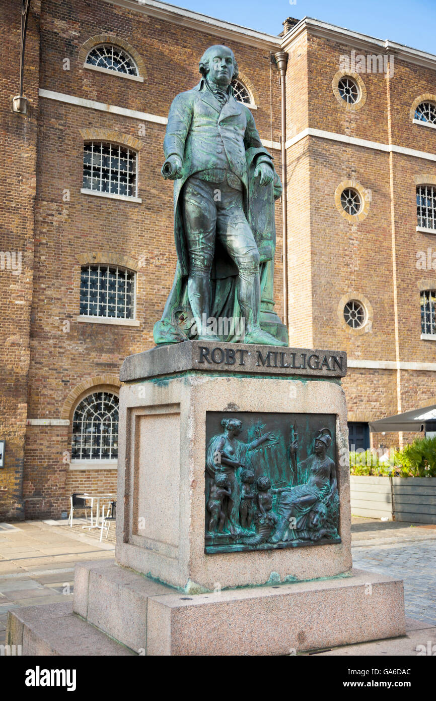 Statue of Robert Milligan by Richard Westmacott in front of the Museum in Docklands, London, UK - Stock Image