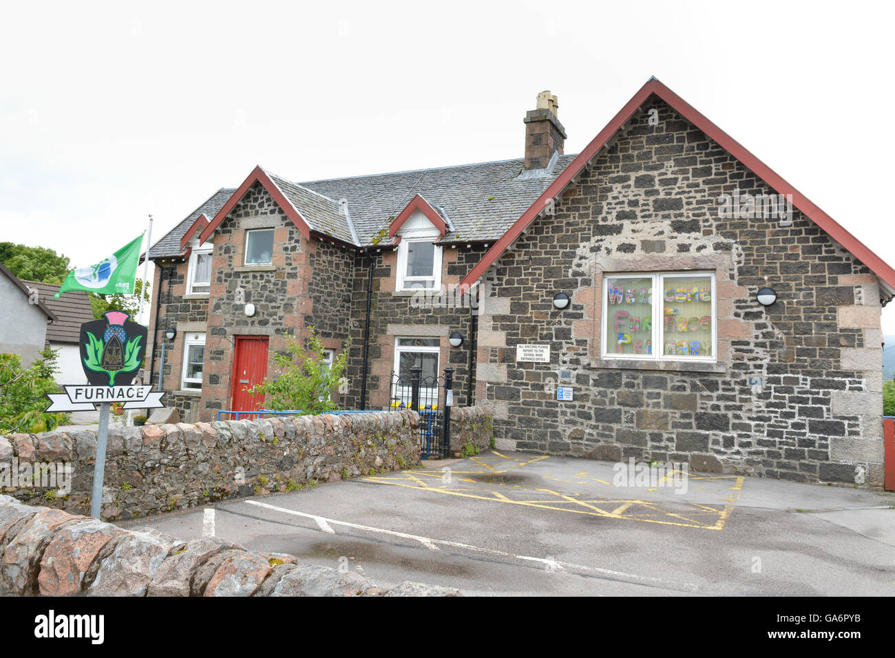 Furnace Primary School - Furnace is a village in Argyll on the west coast of Scotland on the north shore of Loch - Stock Image
