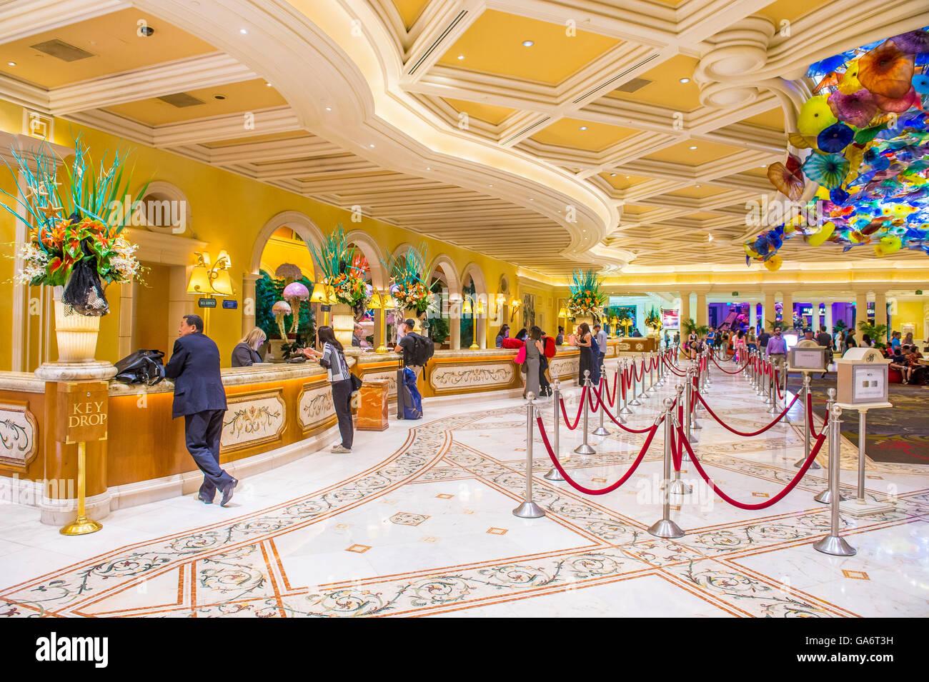 Bellagio Lobby - Bellagio Glass Ceiling |Las Vegas Bellagio Hotel Lobby