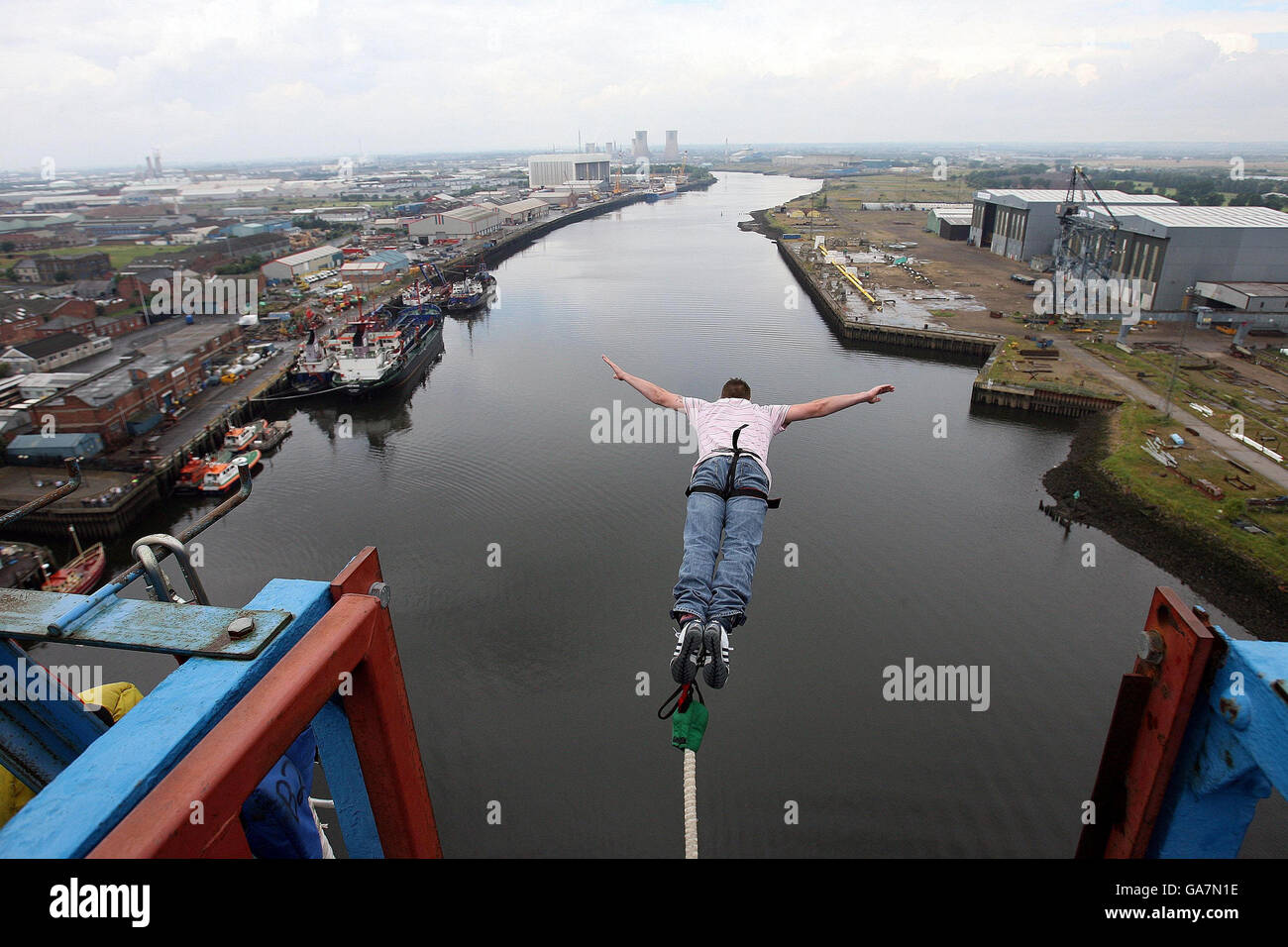 Bungee Jumping in Middlesbrough - Stock Image