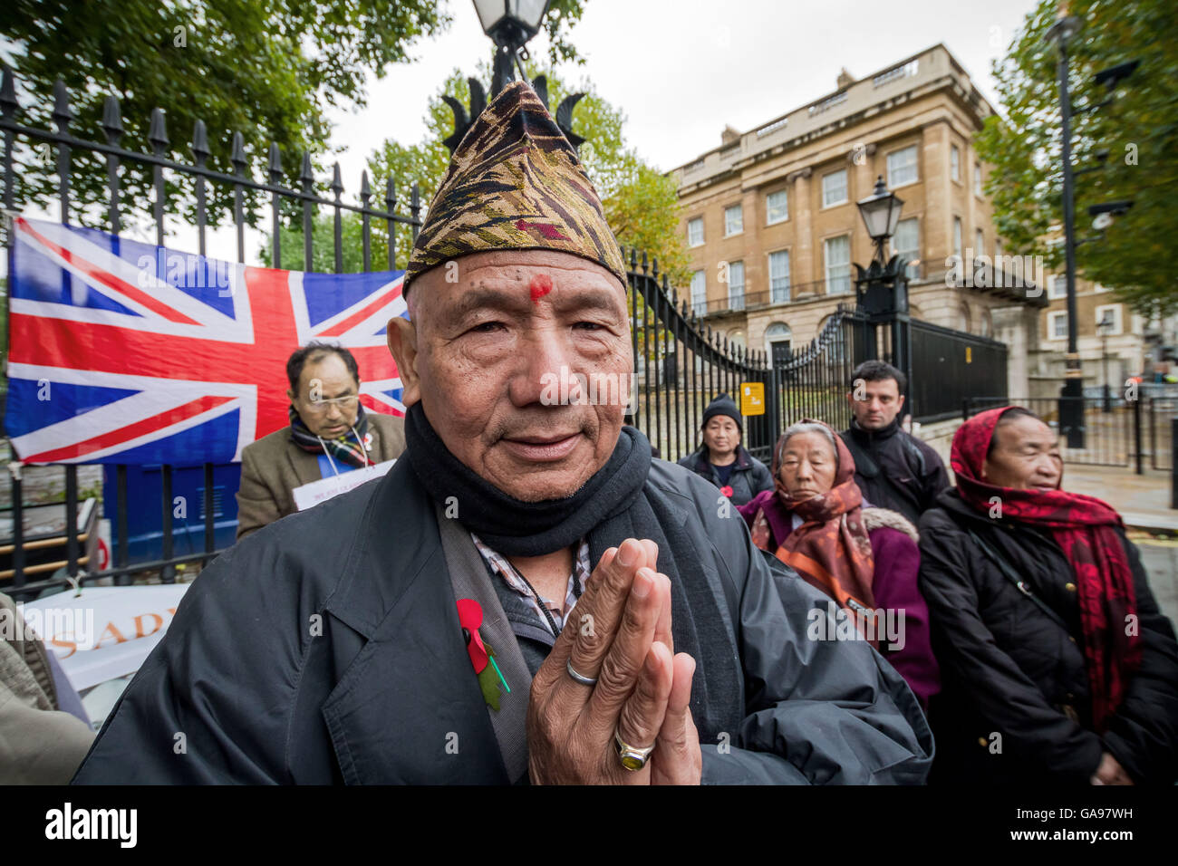 British Gurkhas Stock Photos Images Alamy Winter Hat Wh 97 Afternoon Prayers On Seventh Day Of A Hunger Strike Opposite Downing Street In London By Veteran
