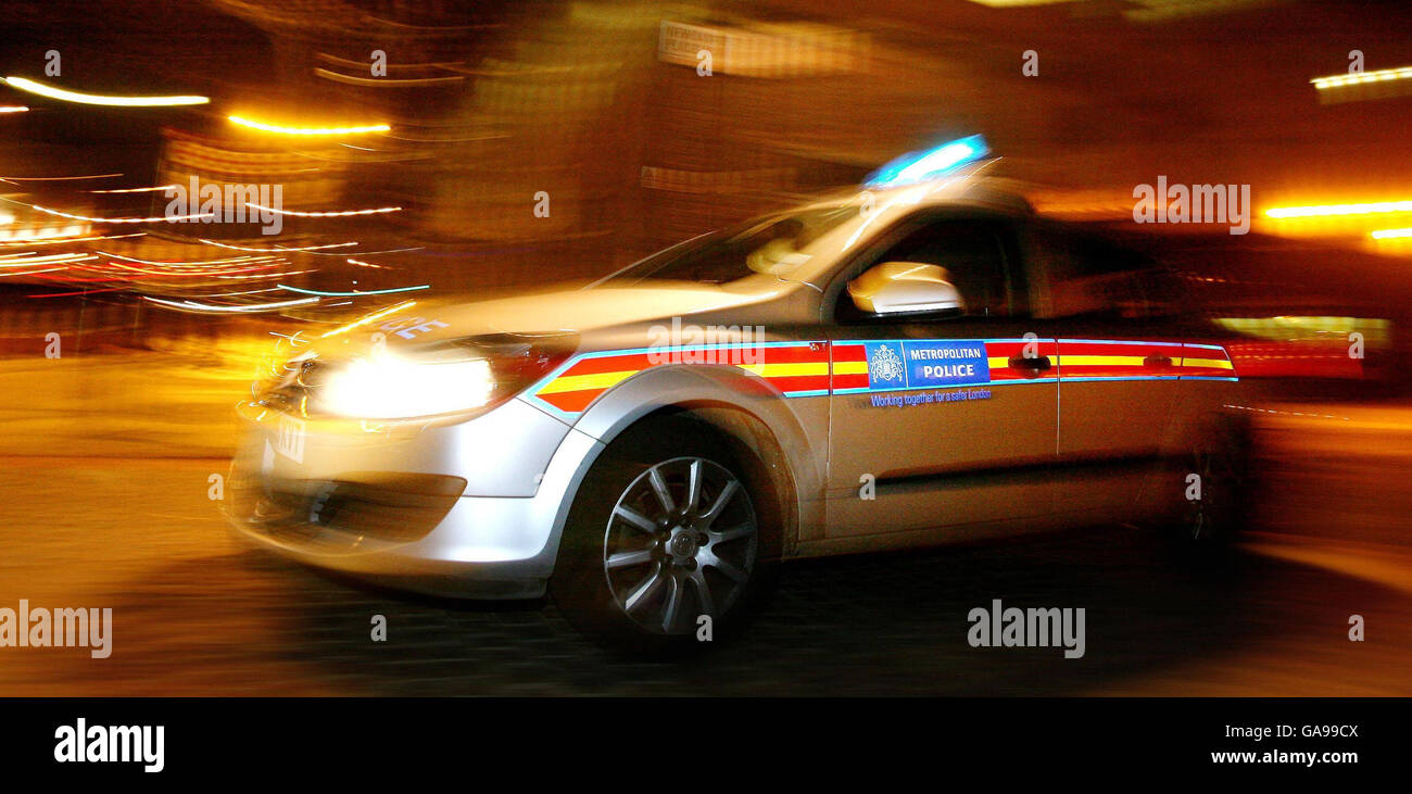 Police chase drivers 'take unnecessary risks' - Stock Image