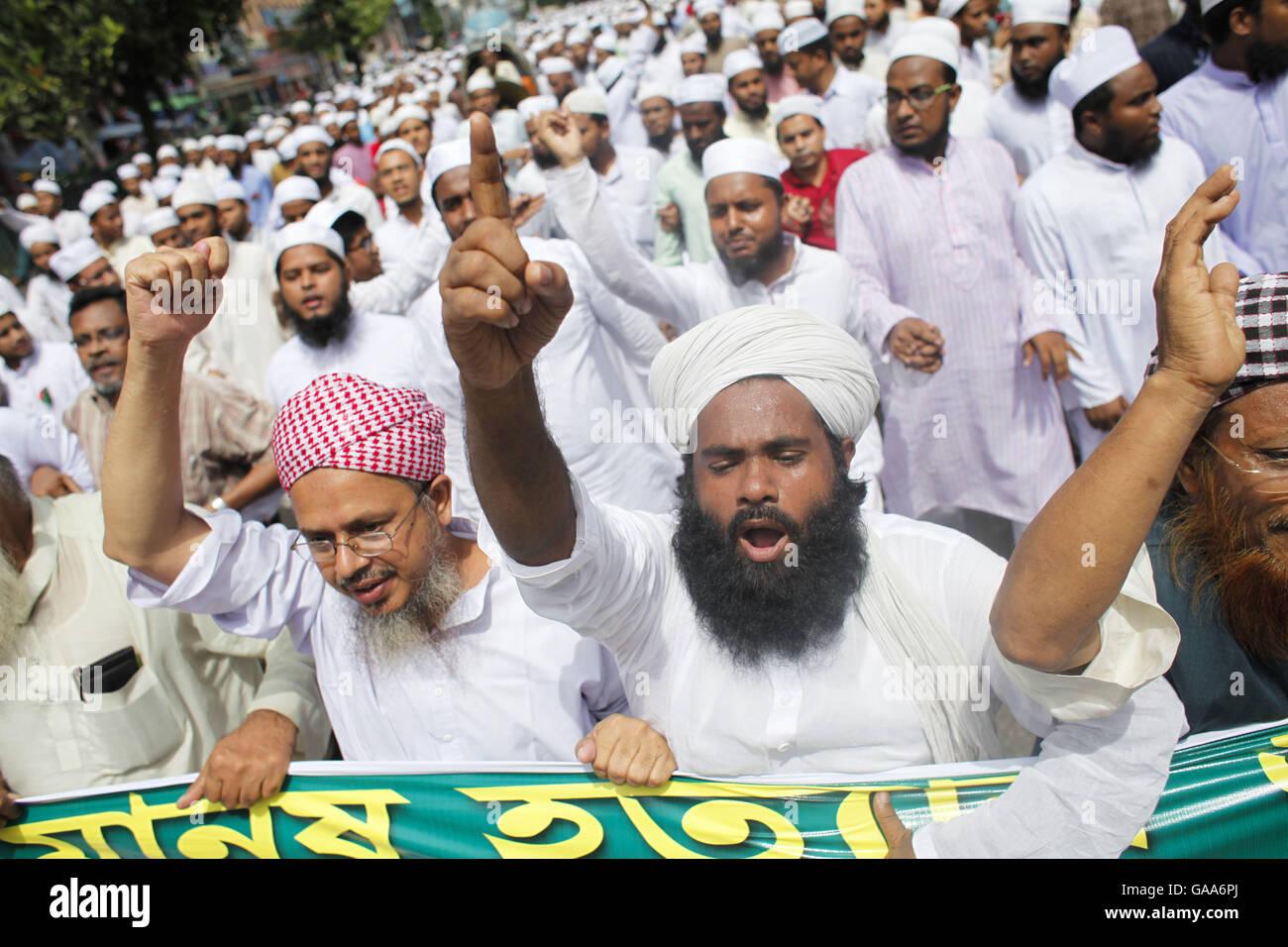 August 5, 2016 - Dhaka, Bangladesh - Supporters of Hefazat-e-Islam Stock  Photo - Alamy