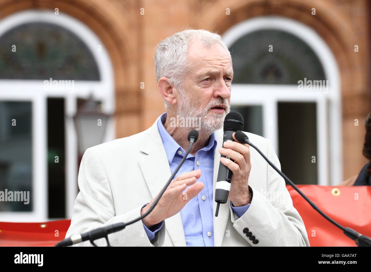 Penderyn Square, Merthyr Tydfil, South Wales, UK. 5th August, 2016. The Rt Hon Jeremy Corbyn MP, speaks to hundreds - Stock Image
