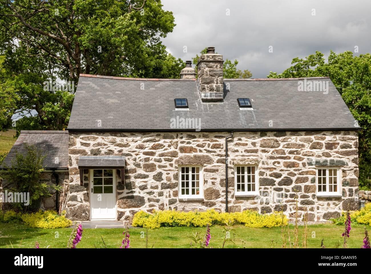 Welsh Cottage - Stock Image