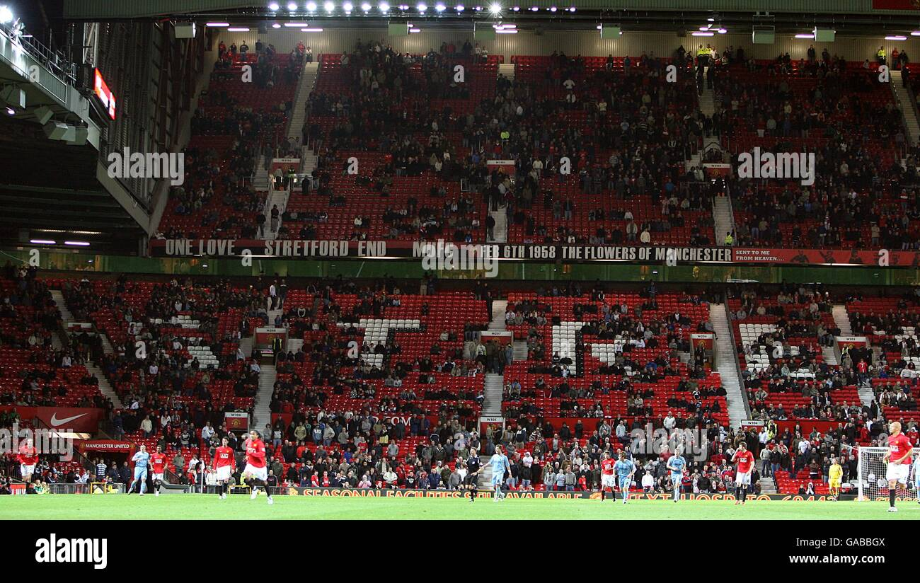 Soccer - Carling Cup - Third Round - Manchester United v Coventry City - Old Trafford - Stock Image