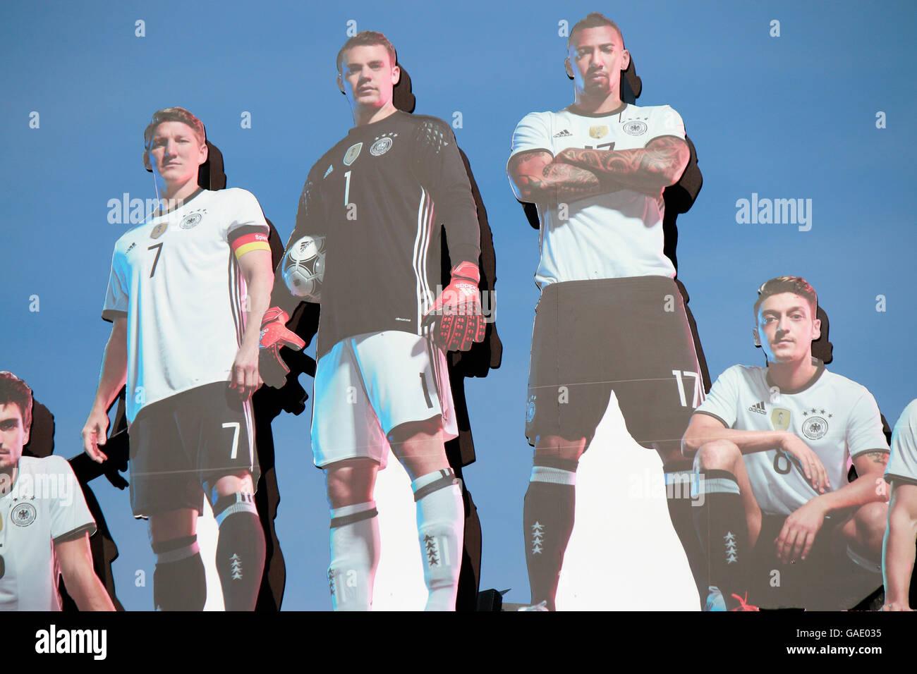 Bilder von  Mats Hummels, Bastian Schweinsteiger, Manuel Neuer, Jerome Boateng, Mesut Oezil  - 'Die Mannschaft' - Stock Image