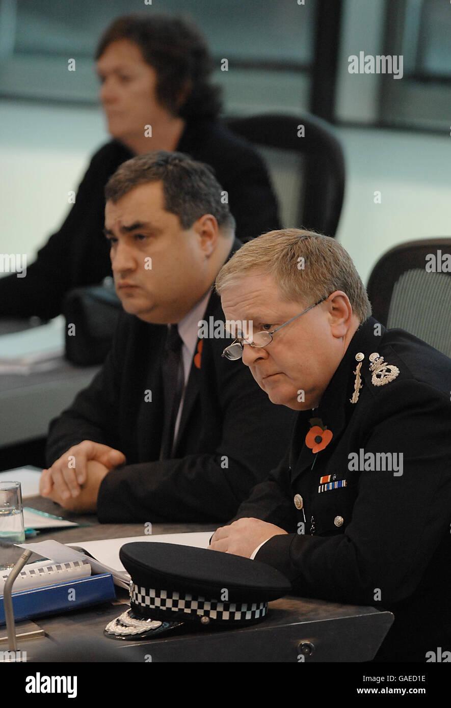 Sir Ian Blair faces London Assembly - Stock Image