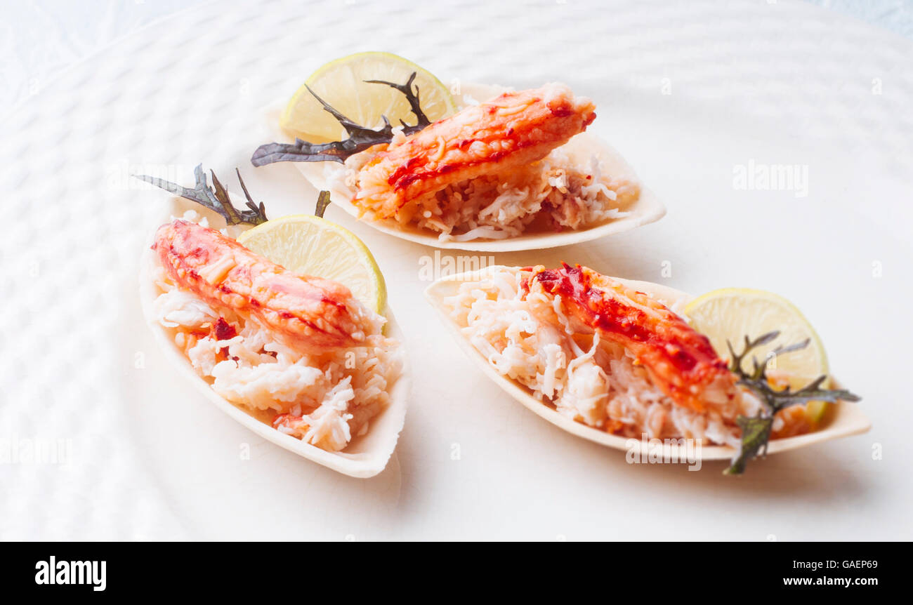 Elegant and delicious morsel of crab and ground for cocktail - Stock Image