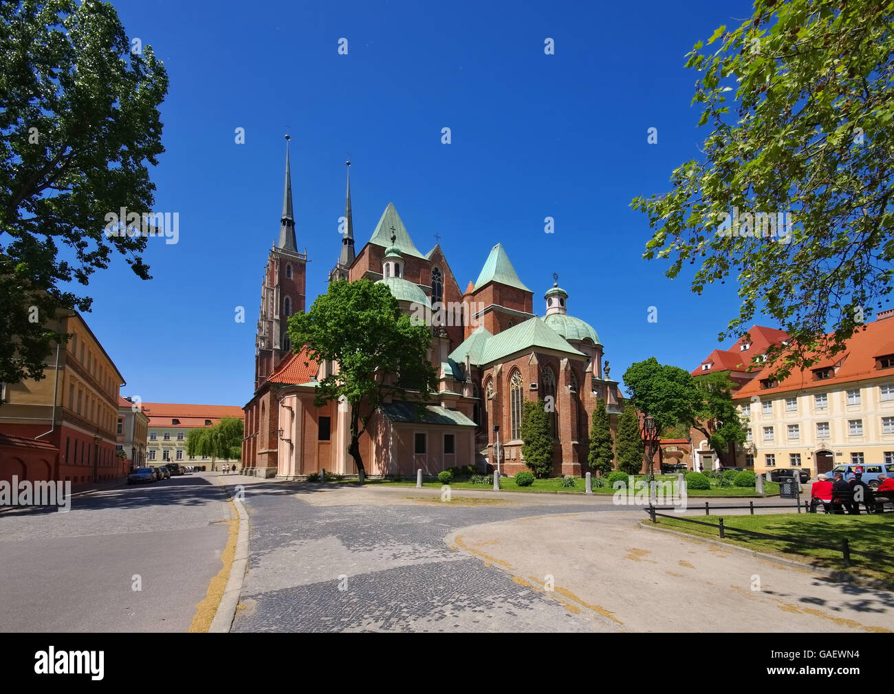 Breslauer Dom in der Stadt - Breslau the cathedral in the city Stock Photo