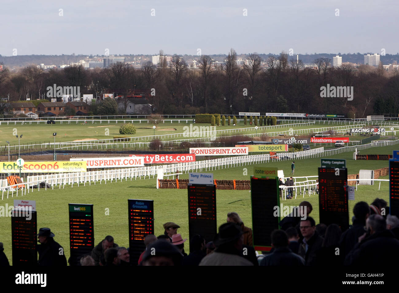 Horse Racing - totesport Masters - Comedy at the Races - Sandown Park Racecourse Stock Photo