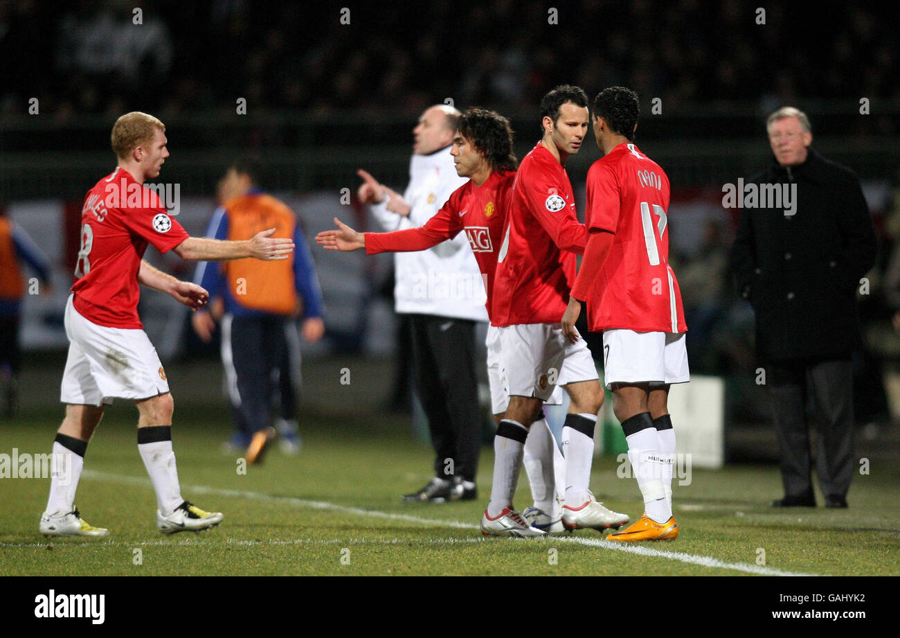 Soccer - UEFA Champions League - First Knockout Round - First Leg - Lyon v Manchester United - Stade Gerland Stock Photo