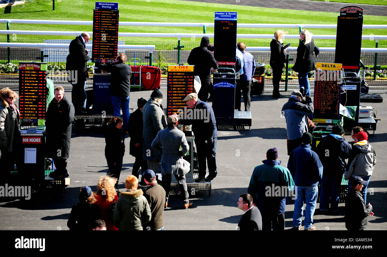 Horse Racing - William Hill Lincoln Day - Doncaster Racecourse Stock Photo