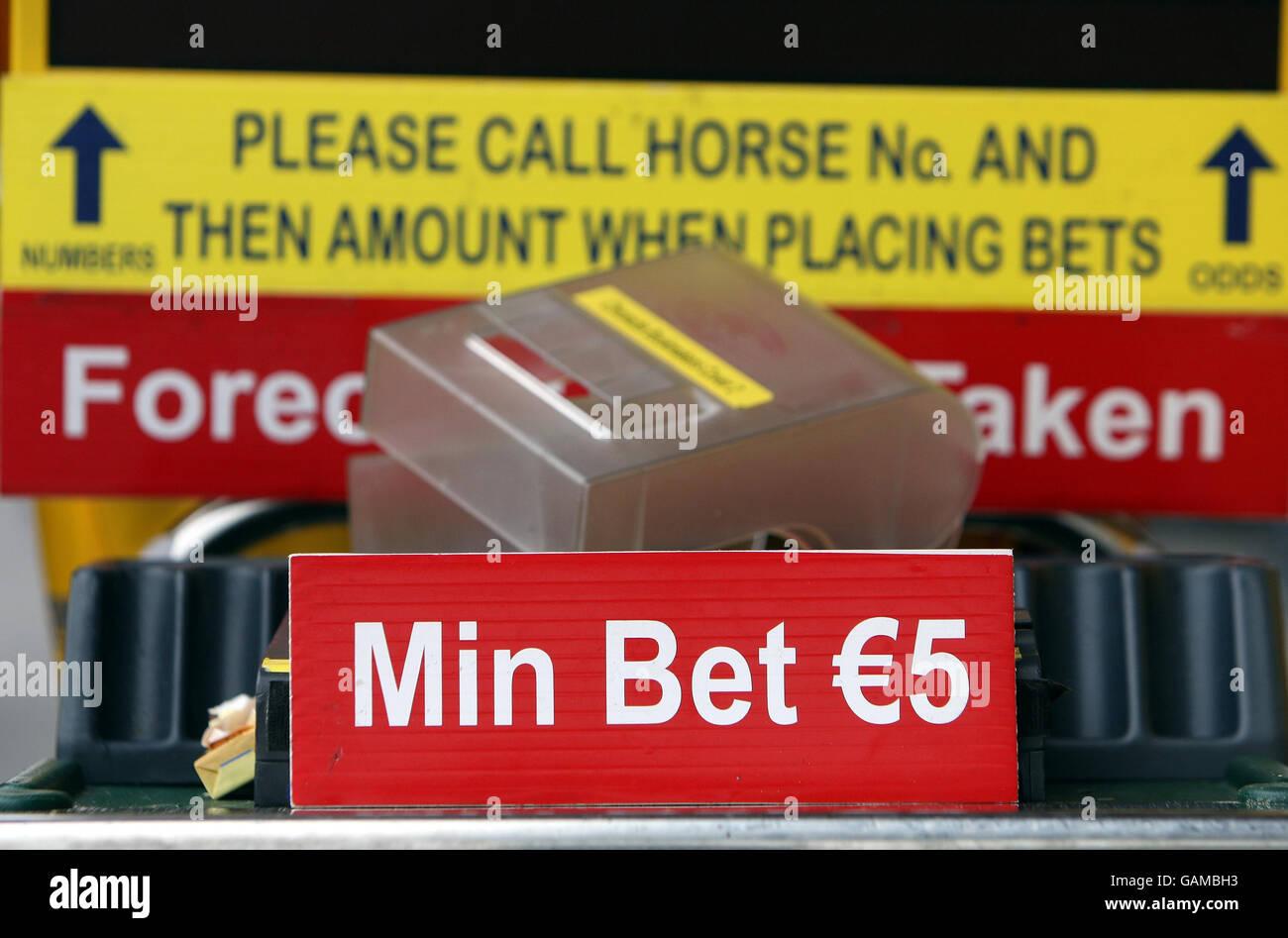 Horse Racing - Cheltenham Festival - Day One - Cheltenham Racecourse Stock Photo