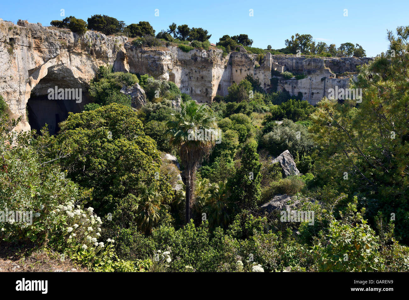 Stone quarries (Latomiein) in Neapolis Archaeological Zone, Syracuse, Sicily, Italy - Stock Image