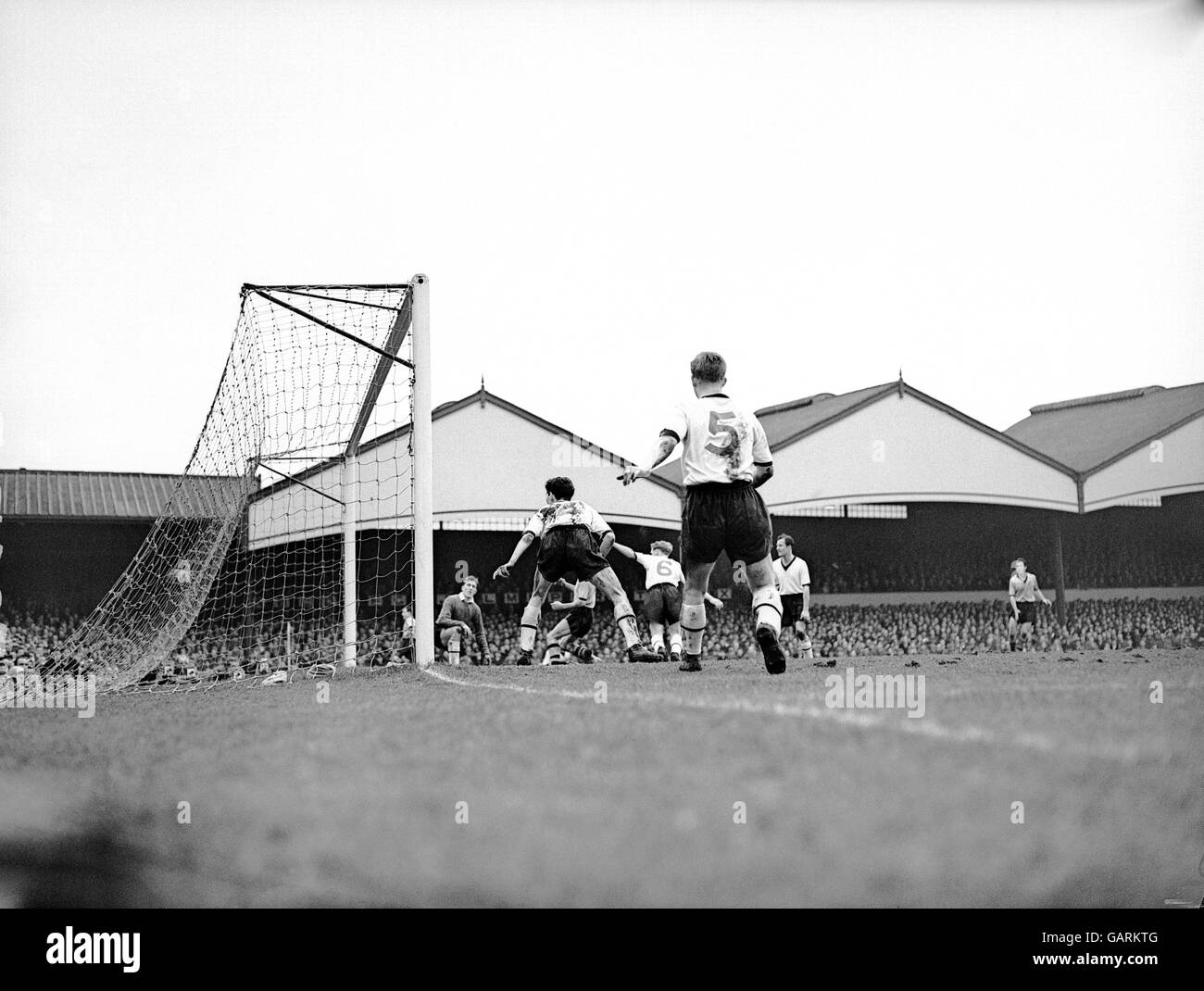 Soccer - FA Cup - Fifth Round - Wolverhampton Wanderers v Darlington - Stock Image