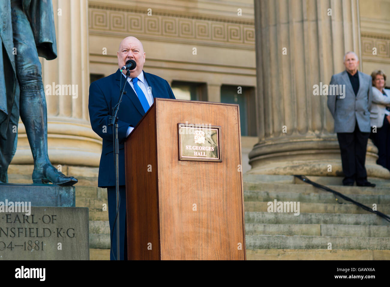 Liverpool, UK, 5th June 2016. Mayor of Liverpool Joe Anderson speaks at the  'Stand together Liverpool' rally at - Stock Image