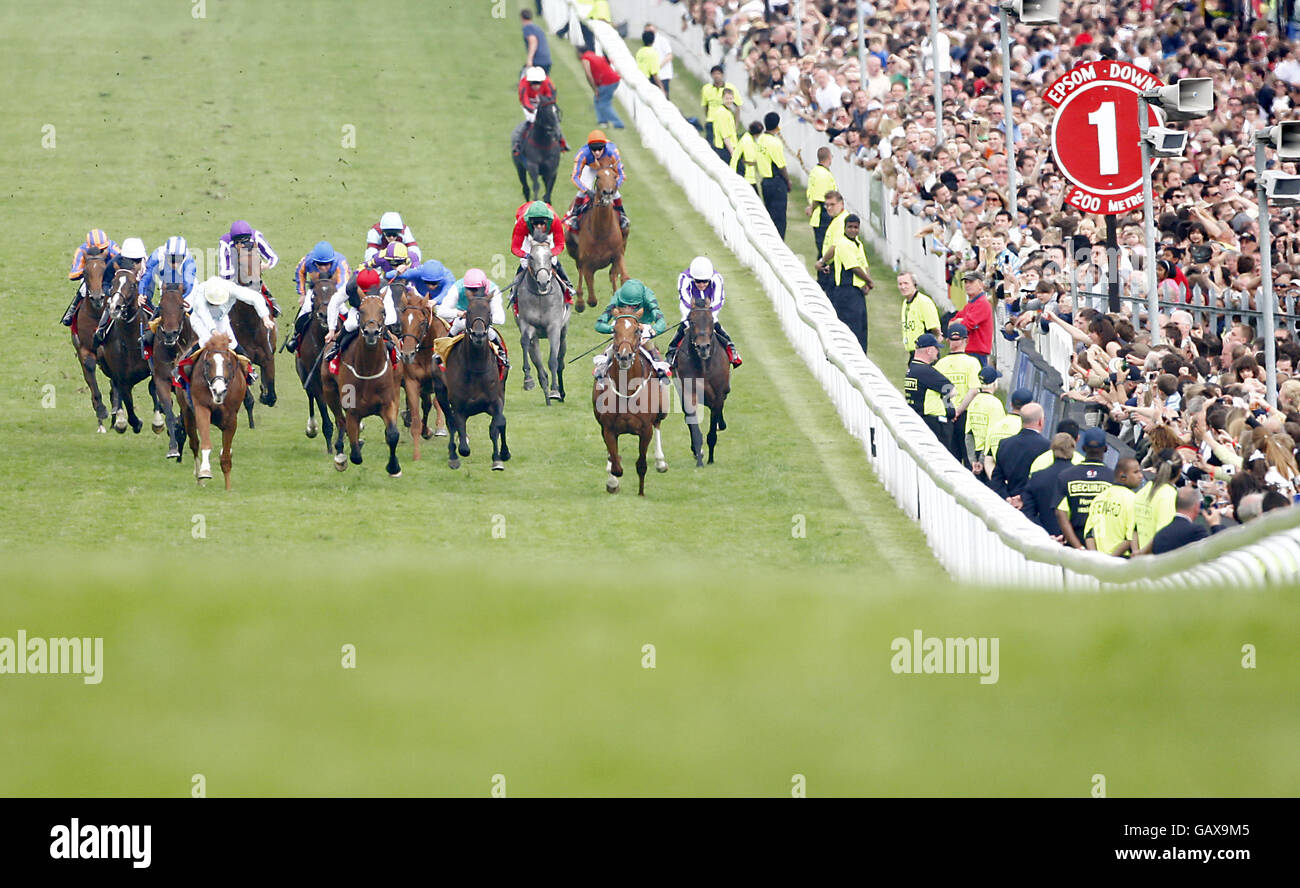 Horse Racing - The 2008 Derby Festival - Derby Day - Epsom Downs Racecourse - Stock Image