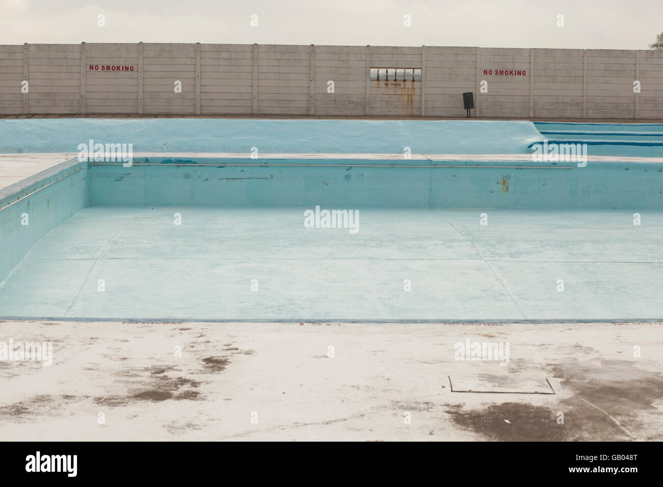 The Strand swimming pool in Gillingham drained for the winter. - Stock Image
