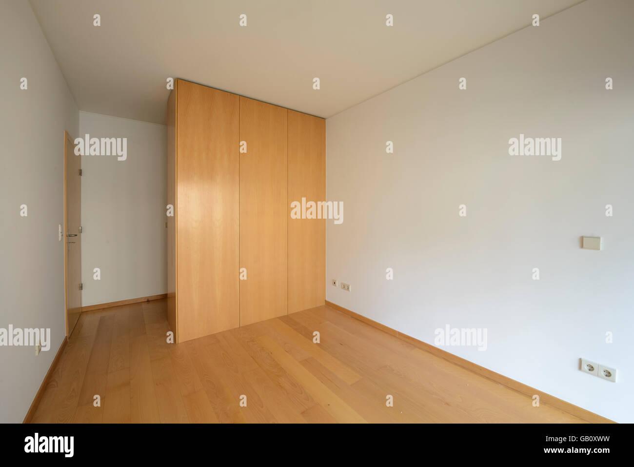 Empty Bedroom With Big Closet Stock Photo 110044533 Alamy