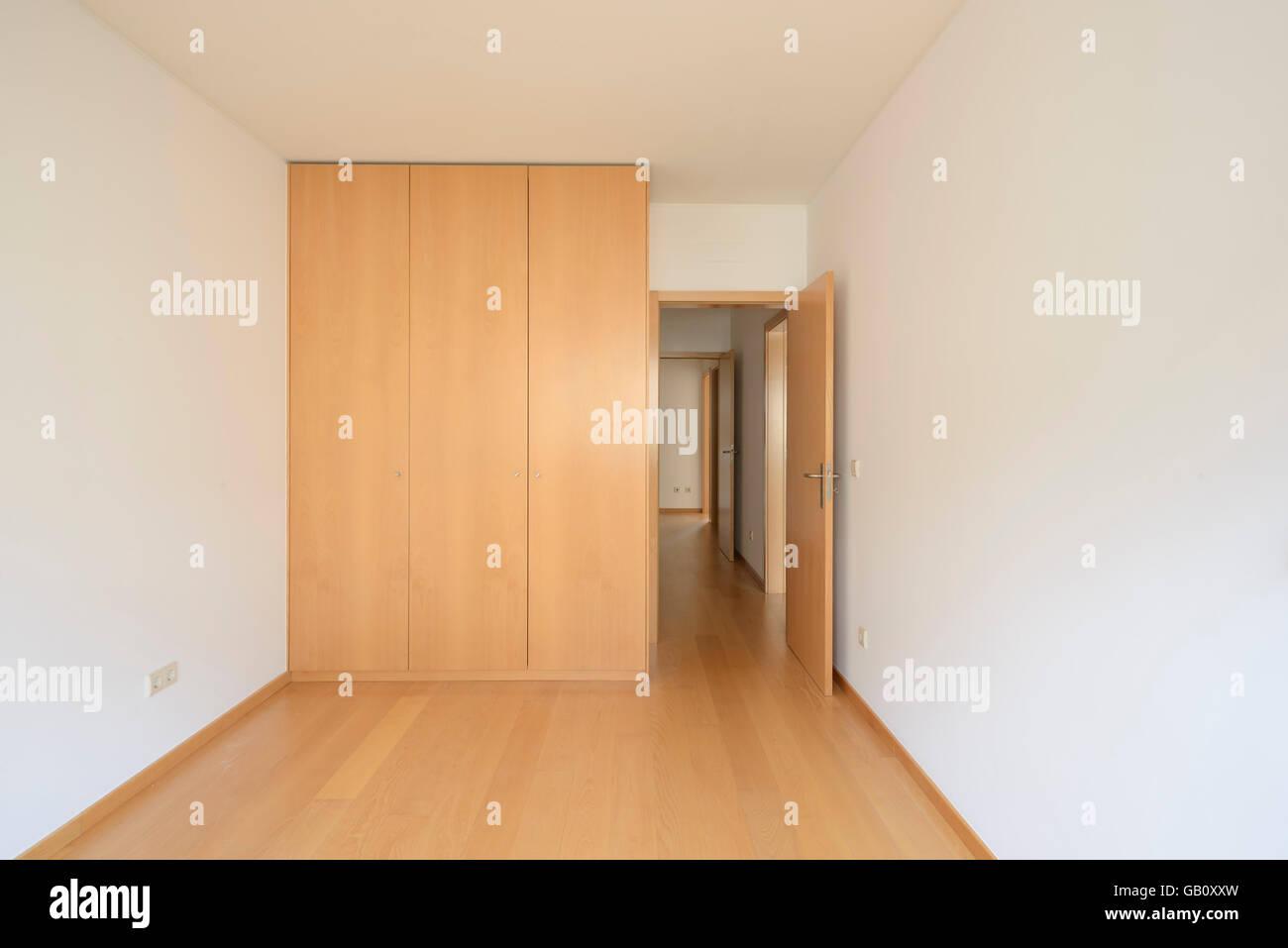 Empty Bedroom With Big Closet Stock Photo 110044561 Alamy