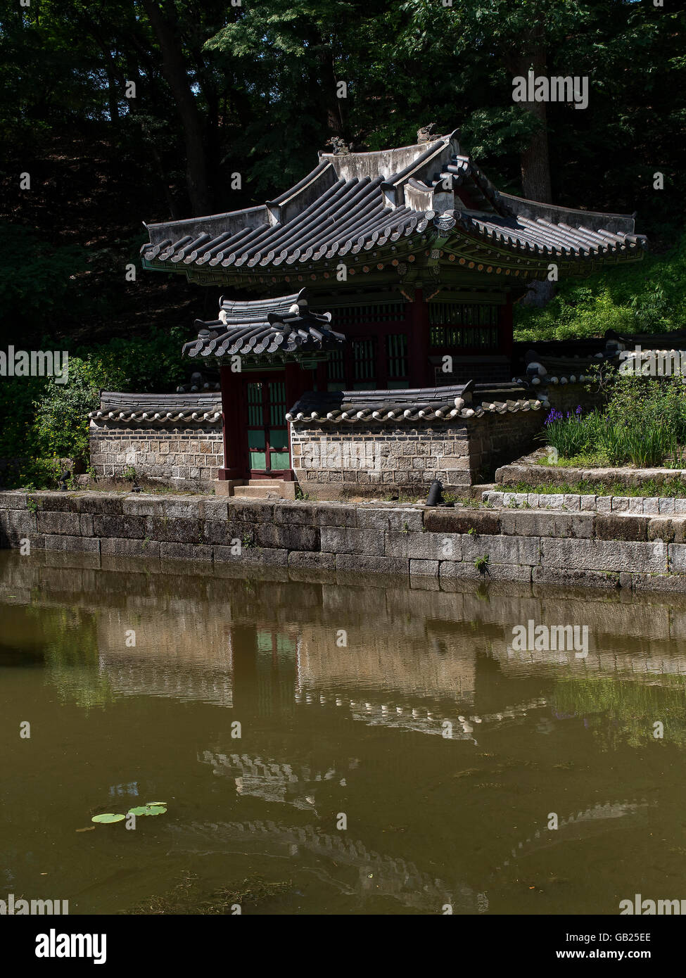 pavilion Sajeonggibigak at Buyongji-pond in the secret garden of ...
