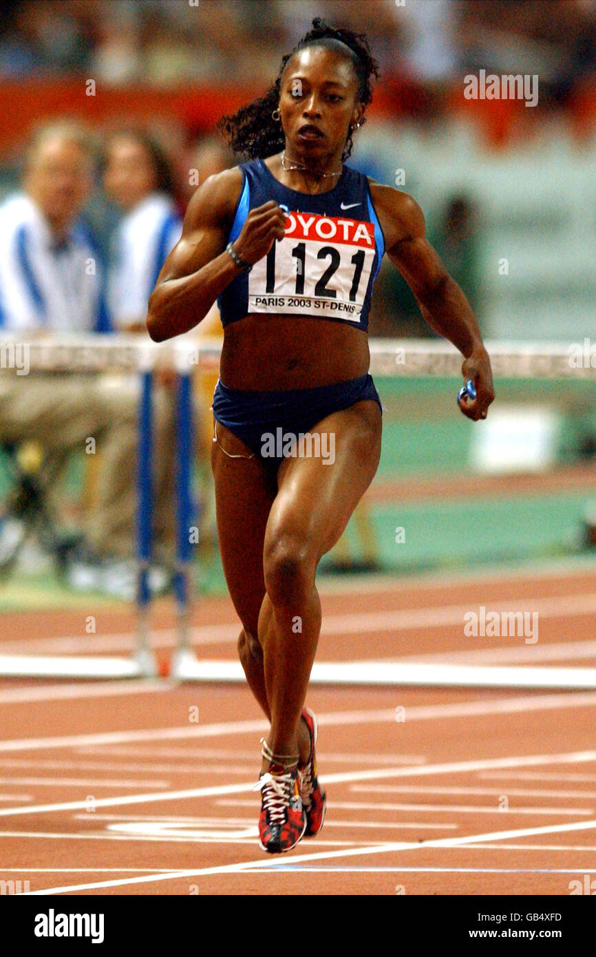 Athletics - IAAF World Athletics Championships - Paris 2003 - Women's 100m Hurdles Heats - Stock Image