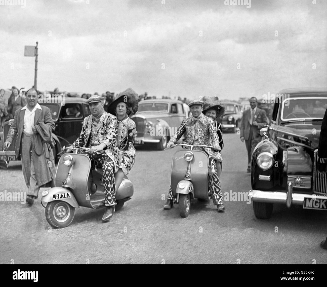 Horse Racing - Derby Day - Epsom - 1952 - Stock Image