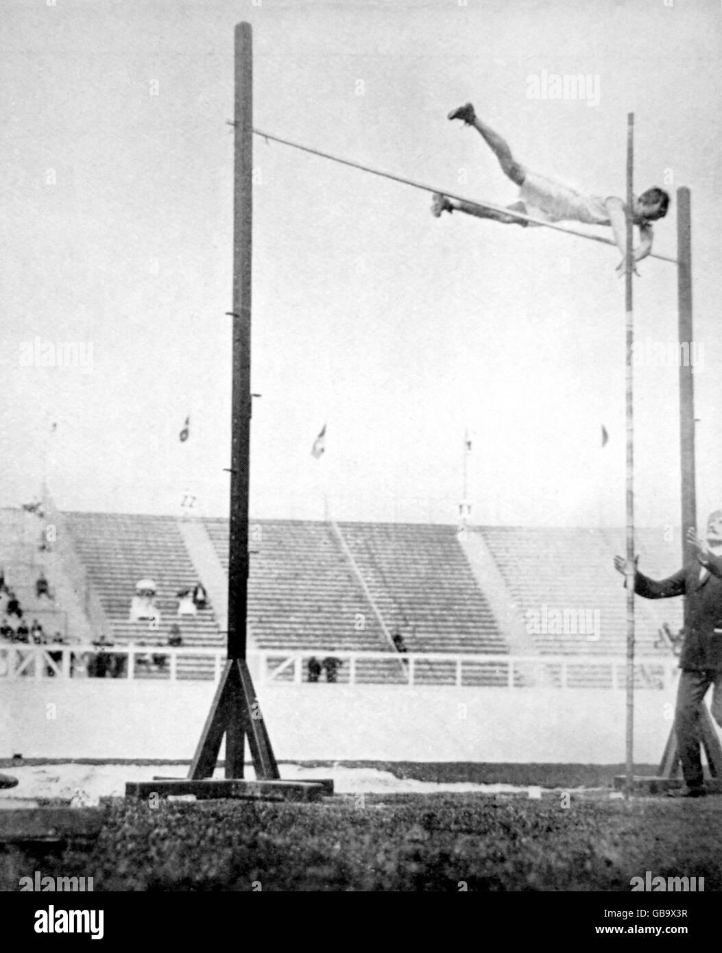Athletics - London Olympic Games 1908 - Men's Pole Vault - Stock Image
