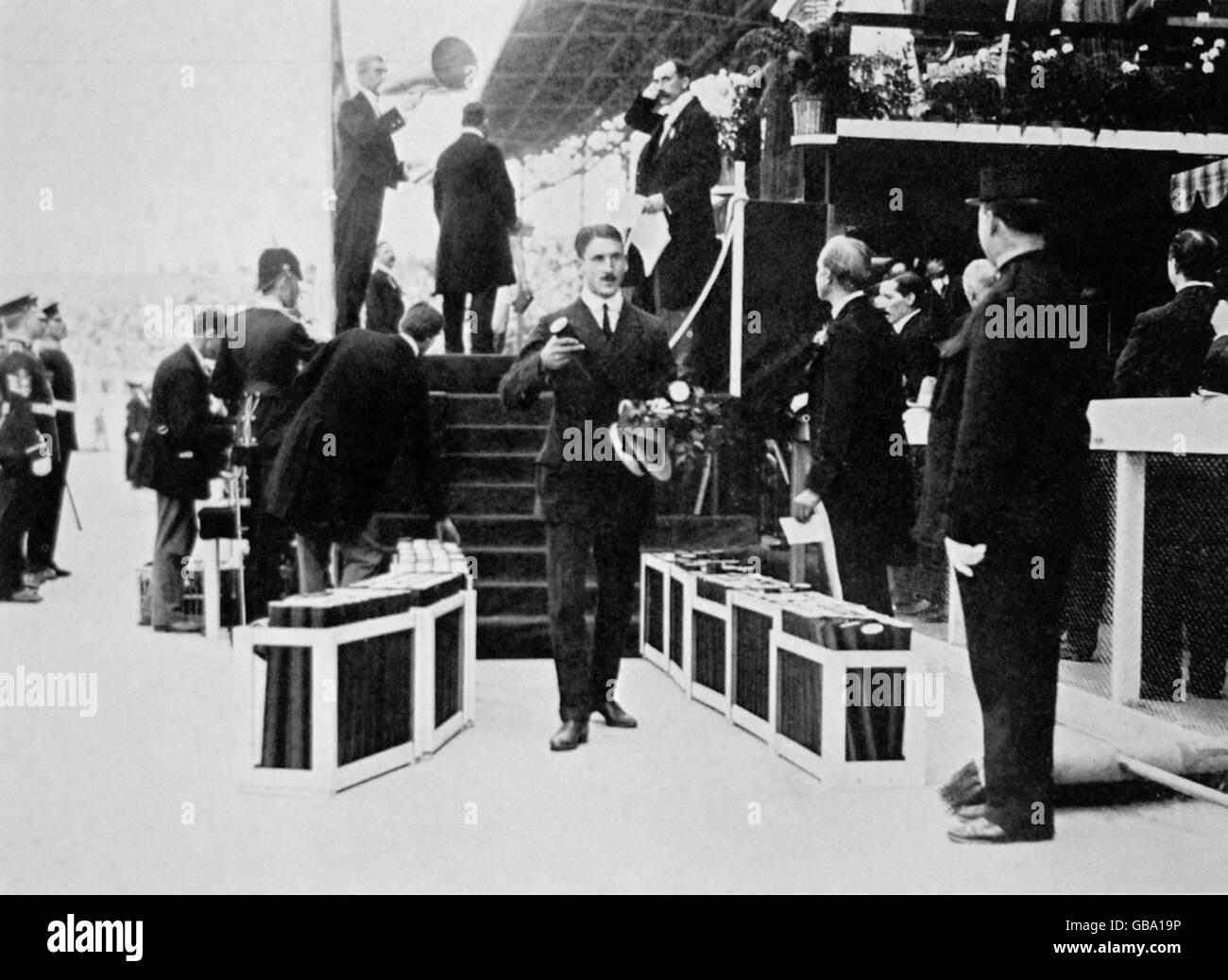 Athletics - London Olympic Games 1908 - Men's 400m Final - Stock Image