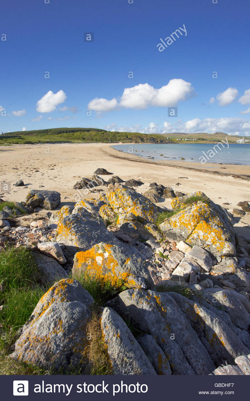 An empty beach near Port Ellen on the Isle of Islay, Inner Hebrides, Scotland. - Stock Image