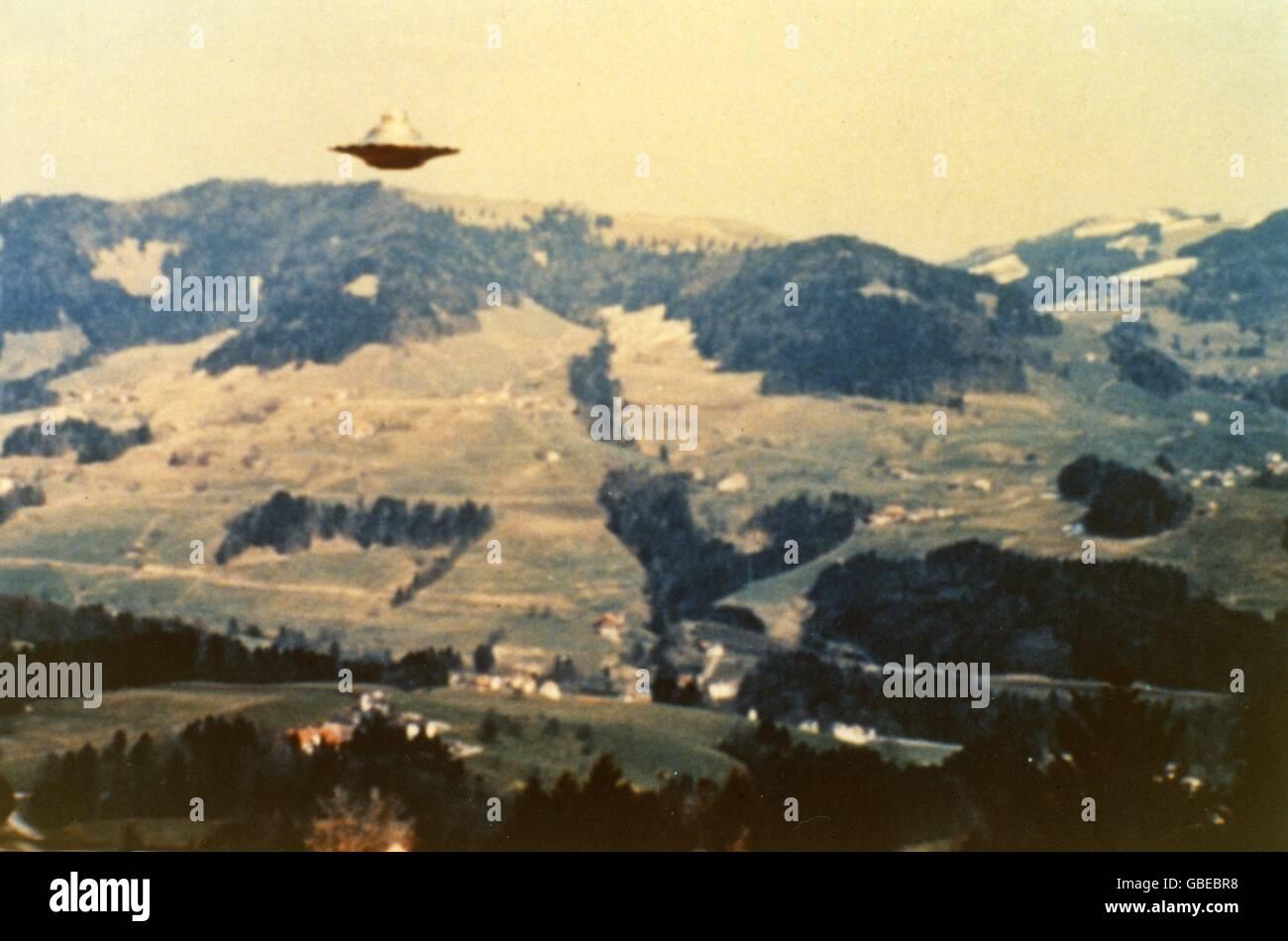 astronautics, unidentified flying object (UFO), ufos, show flight of Semiases ship, Bachtelhörnli-Unterbachtel, - Stock Image