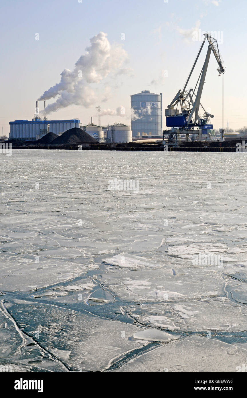 Frozen Dortmund-Ems-Canal, harbour, Dortmund, North Rhine-Westphalia, Germany Stock Photo